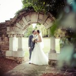 Wedding kiss, Ye Olde Plough, Essex wedding photography